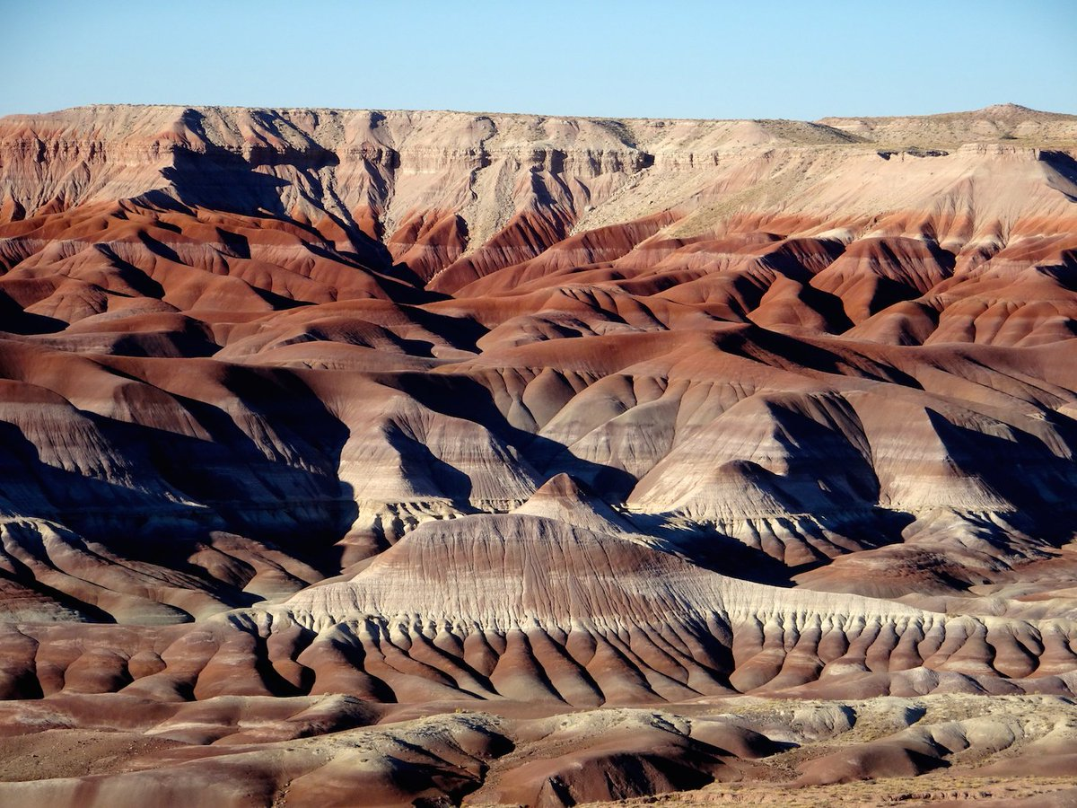 Hidden gem: Little Painted Desert is an overlook north of Winslow #Arizona w/amazing views of soft-gnawed color-streaked badlands. <br>http://pic.twitter.com/8pDGhqMreP