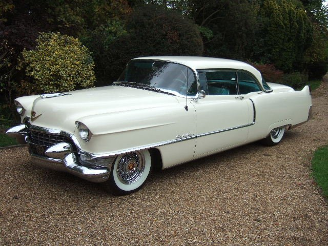 RT @EppingMotorCo: Stunning new arrival. The age of style. 1955 Cadillac Coupe de Ville https://t.co/TqS75vkIZ8
