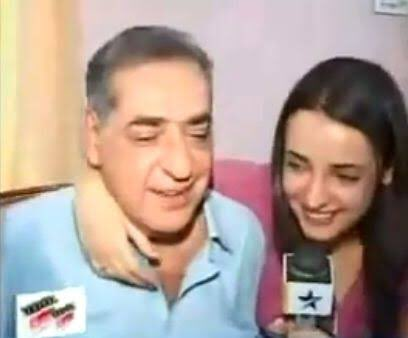 #10YearsOfSanayaIrani  She's a daddy's little angel.. Papa ki pari.. #SanayaIrani #Sunny <br>http://pic.twitter.com/EfTHEEqFiv