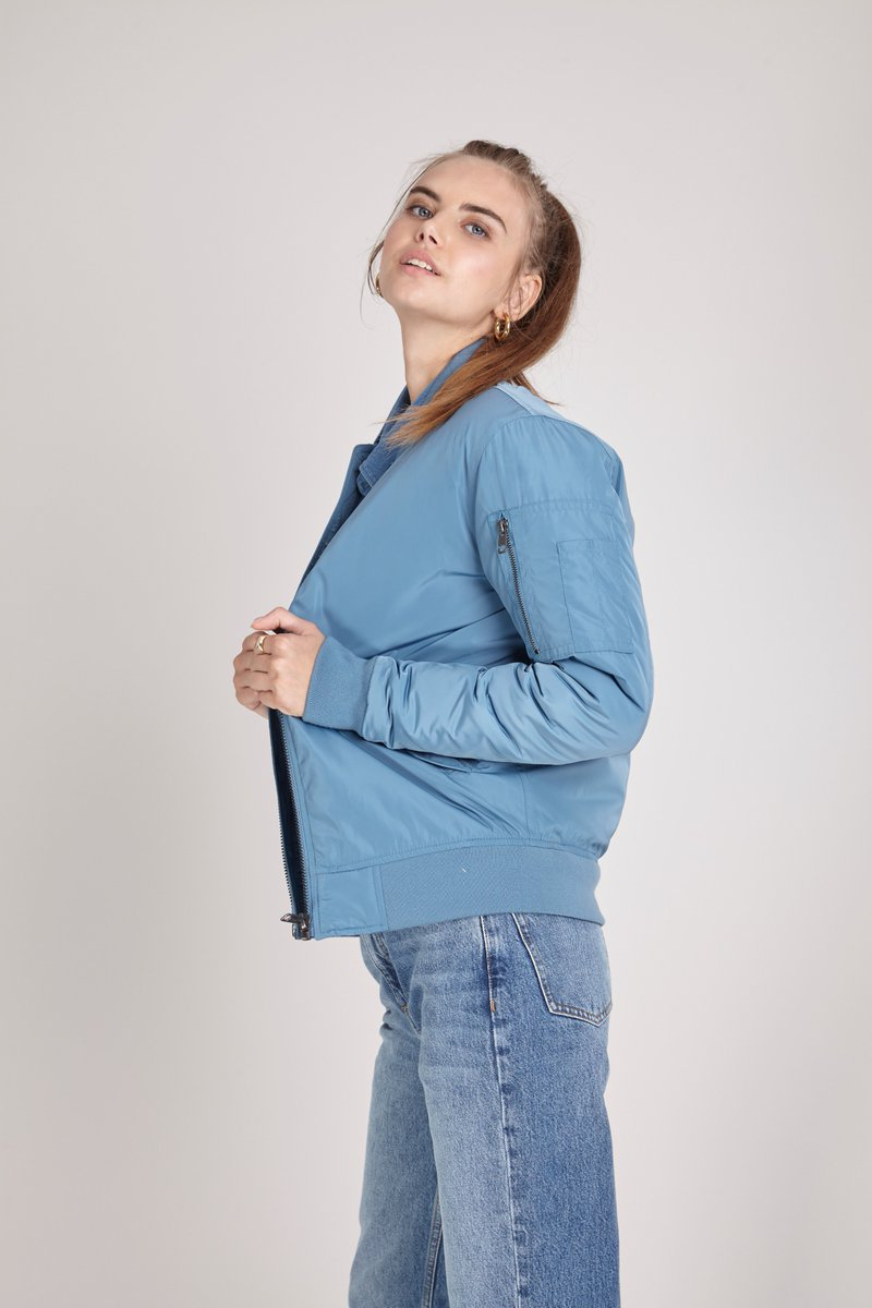 Always make sure you have a blue sky above your head, at least on your back. Bomber jacket available on #radshop https://t.co/fEA1pYRHU3 https://t.co/5r2gl3XL3O
