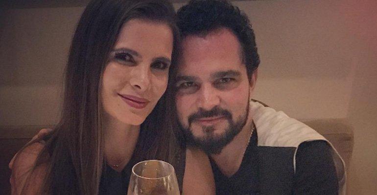 Luciano Camargo festeja seus 14 anos de casamento. Confira a declaração de amor --> https://t.co/C3tbYXJAIf