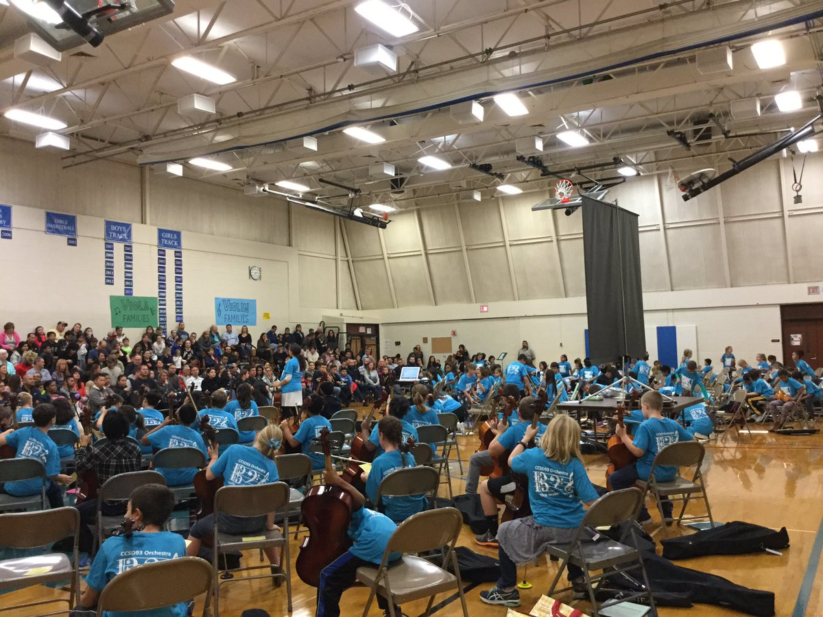 Thank you to all the families that attended our 4th grade orchestra family night! #CCSD93 #orchestra <br>http://pic.twitter.com/uolPFQ7GcK