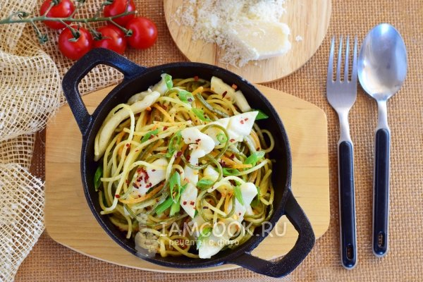 Рецепт кальмары в сметанном соусе