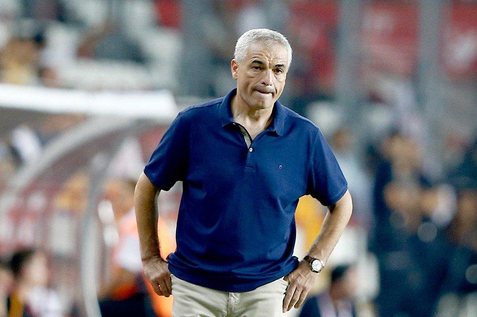 Trabzonspor, Rıza Çalımbay ile anlaşmaya vardı https://t.co/TpvUhCrF4l...