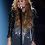 """RT @portallovato: """"It's amazing what you can hide..."""