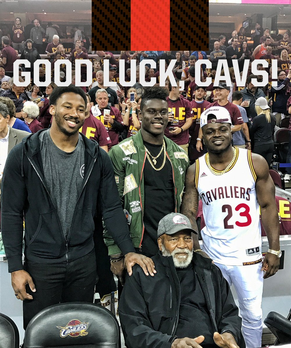 Good luck this season, @cavs! 👊  #AllForOne https://t.co/4qBh8hbv4v