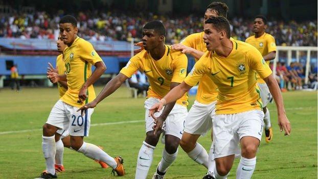 A seleção brasileira encara Honduras nesta quarta, às 12h30 (de Brasília), pelas oitavas de final do Mundial sub-17, disputado na Índia.