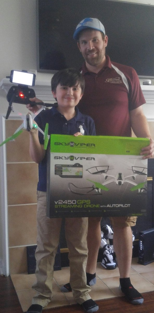@TheToyInsider @SkyViperDrones thank you so much my hubby and son are very excited for their new drone!! https://t.co/AmAdsu312K