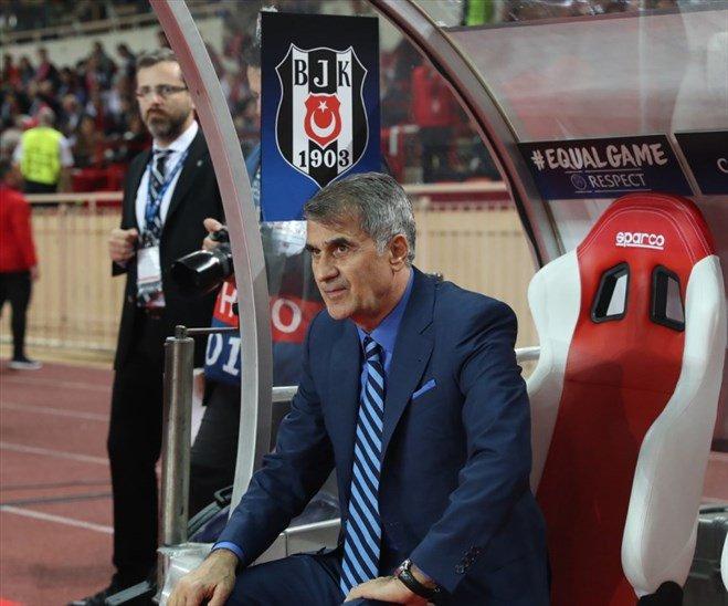 Bir kere daha Türk futbol tarihine geçen adam.