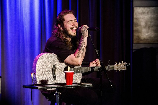 Congrats on your first #1 on the @billboard Hot 100, @postmalone! #roc...