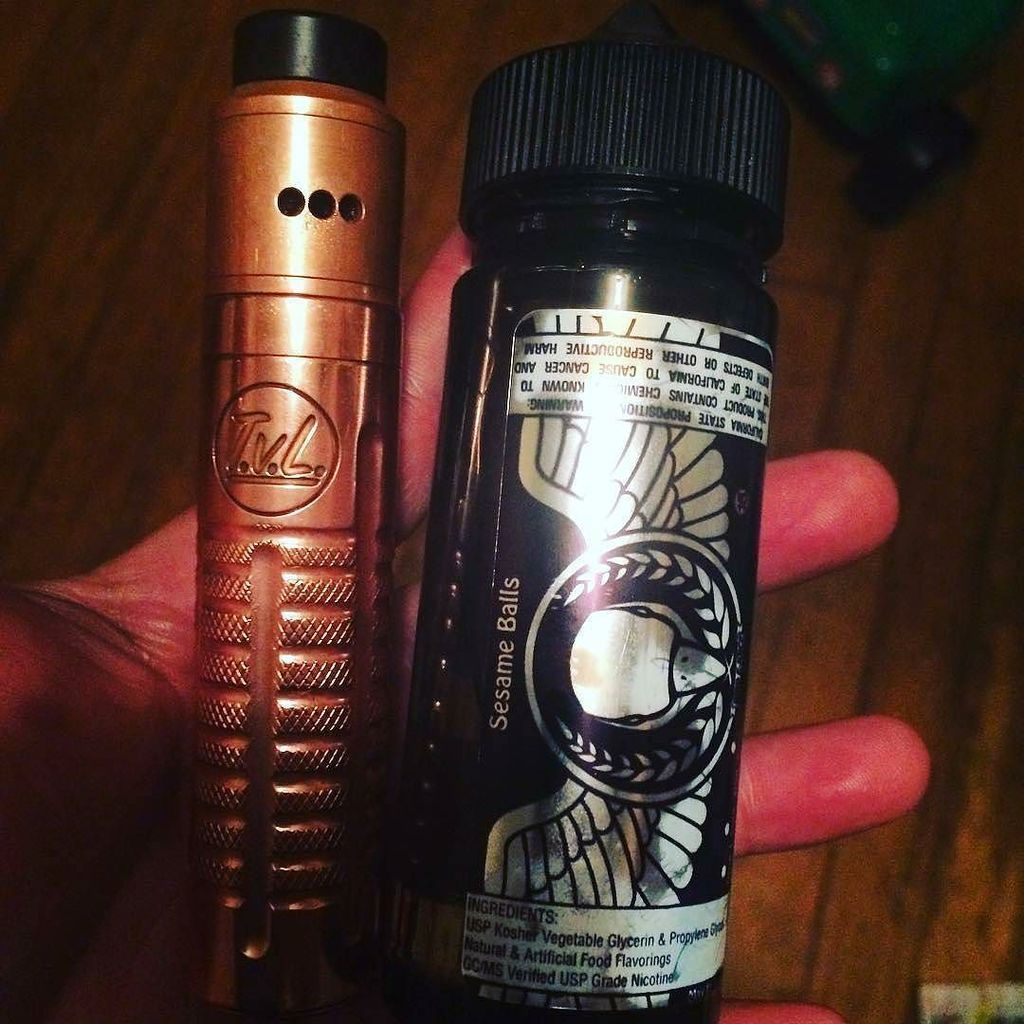 @dub_d215_illres  -  Decided to bust out my #tvl yesterday. I&#39;ve been hitting on this &quot;100%  unique sesame balls&quot; from @_birdejuice_… <br>http://pic.twitter.com/c5FEST7m2E