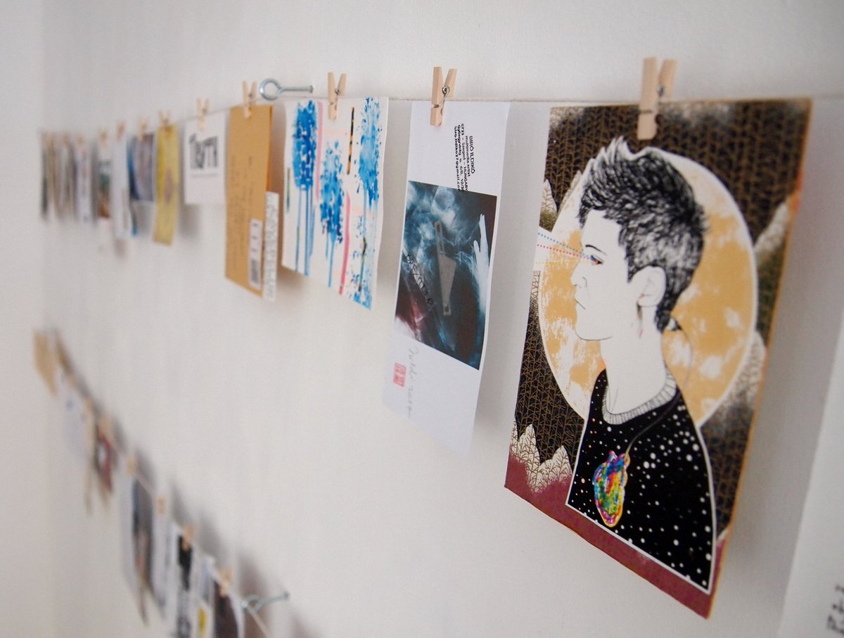 #PostTruth is now installed! Pop in to see different people&#39;s takes on one hot topic w/ entries from all over the world! #derby #mailart<br>http://pic.twitter.com/SB7UaSBpcT