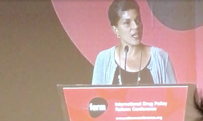 Scholar Michelle Alexander says whiteness is at the root of the drug war, pulls no punches in her #Reform17 speech  https:// trib.al/dNgFZhU  &nbsp;  <br>http://pic.twitter.com/gJYkvXAvFn