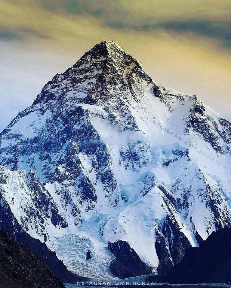 Make it to the top! #ourgreatfuture #mountain #peak #high #reach #K2 #PakistanZindabad #BeautifulPakistan #Mounatins #LongLivePakistan<br>http://pic.twitter.com/wO9pHvEPsh