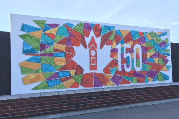 Thrilled to see @TownCollingwood mural for C'wood Harbour. Pieces cut &amp; primed by Mr Czerny's construction students #Canada150  #diversity<br>http://pic.twitter.com/pHIImX0uSi
