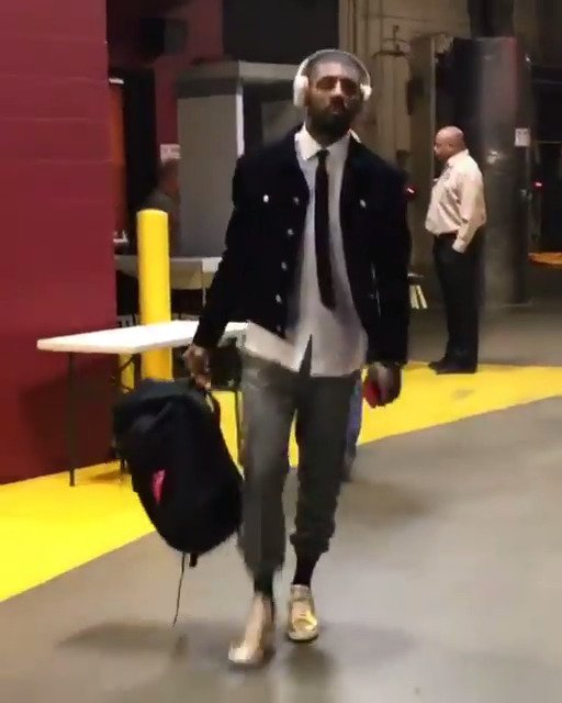 Kyrie Irving arrives in Cleveland for his @Celtics debut @NBAonTNT! #K...