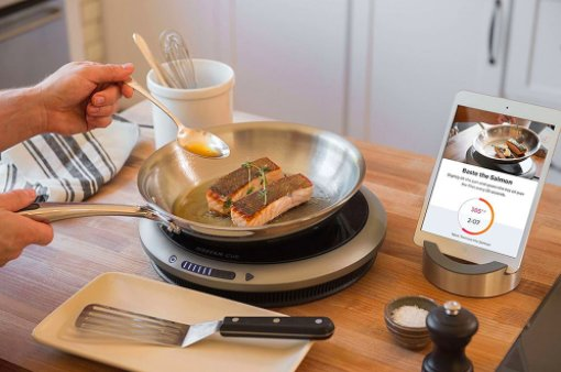 The @HestanHome Cue will literally change the way you cook certain foods. #DTHomeAwards https://t.co/qKqJOANoAo