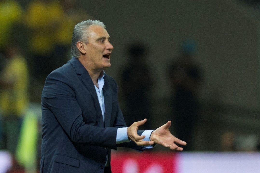 Faltando oito meses para o Mundial | Mais 'selecionador' do que 'técnico', Tite diz perder o sono com lista da Copa https://t.co/B0HvAw1575