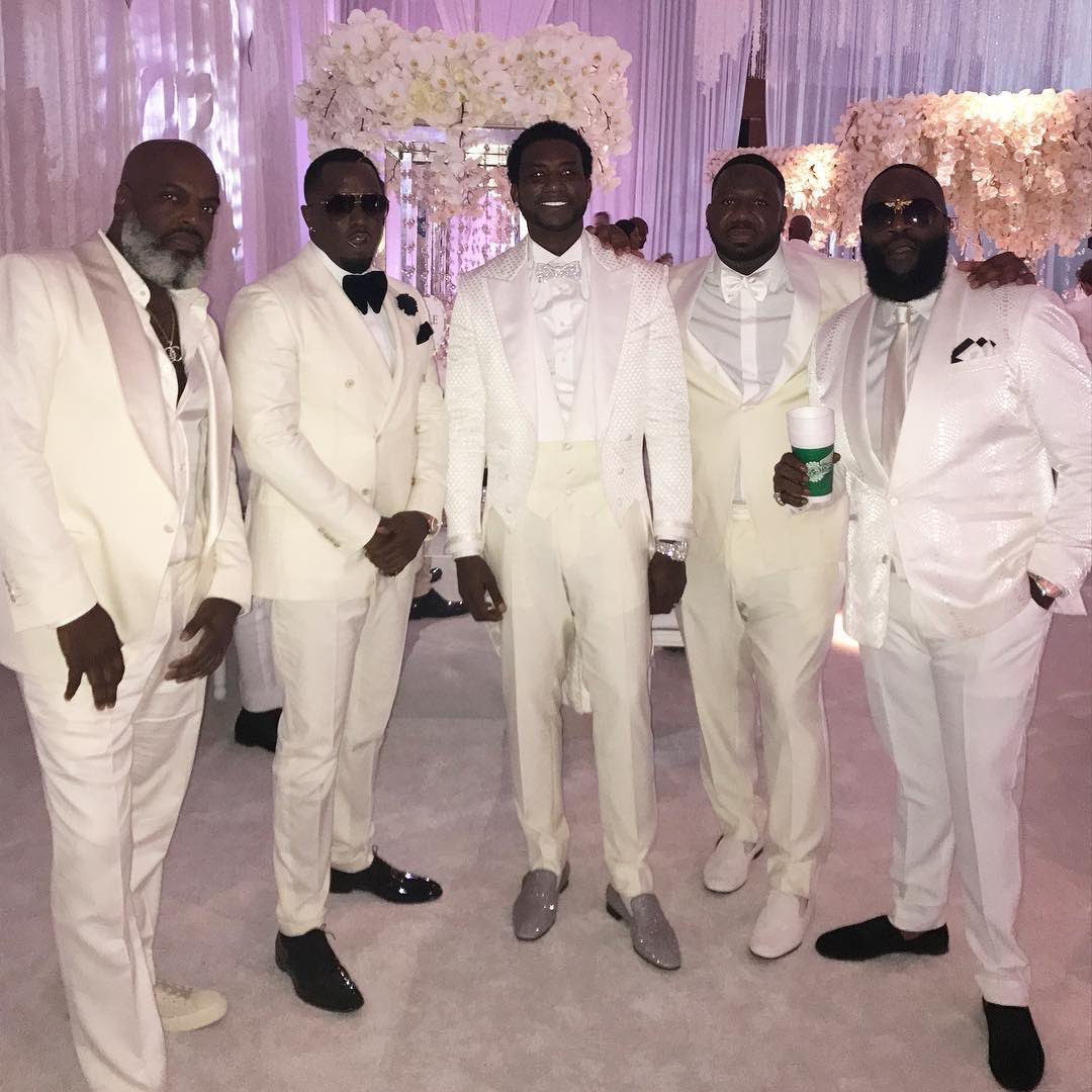 Gucci. Diddy and Ross at the wedding. #TheManeEvent https://t.co/9NN4O...
