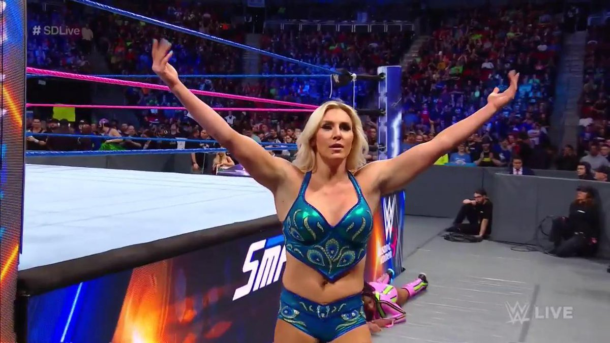 When they been talking that &quot;Ish&quot; all week.. #SDLive @MsCharlotteWWE<br>http://pic.twitter.com/rC35WzxJSf