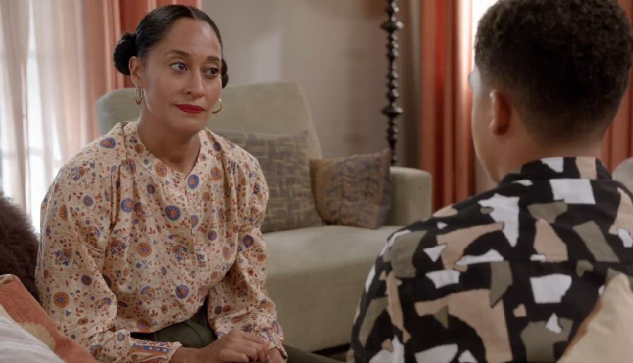 """""""Oh, Buddy. College is gonna punch you right in the face.""""  #blackish..."""
