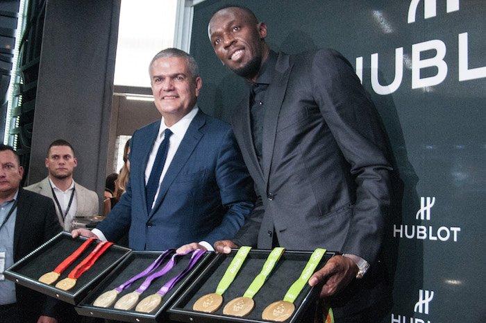 El campeón olímpico, Usain Bolt, exhibe en la Ciudad de México sus och...