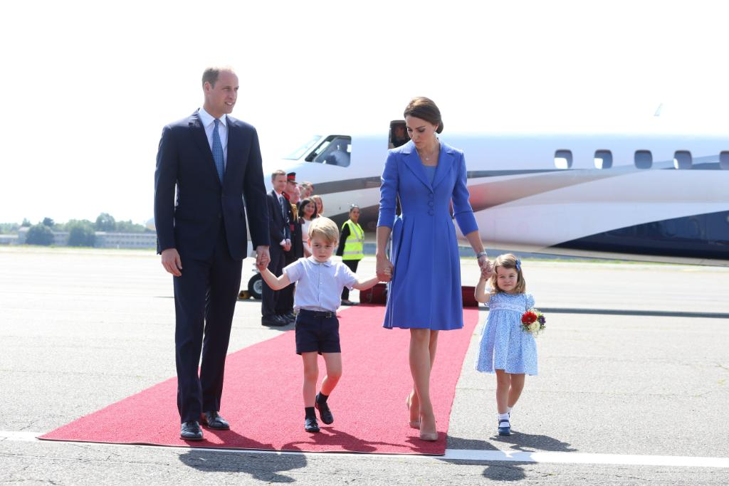 Prince William and Duchess Kate say baby No. 3 is due in April https://t.co/XmzeNv5I3v