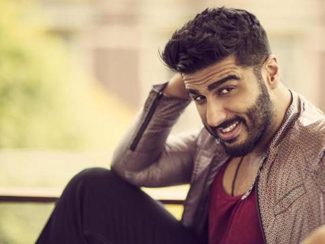 .@arjunk26 Talks About His Relationship With &#39;#Baba&#39;   http://www. desimartini.com/news/htcity/en tertainment/arjun-kapoor-on-friendship-with-ranveer-singh-theres-more-to-life-than-focusing-on-competition/article65106.htm?utm_source=twitter&amp;utm_medium=referral&amp;utm_campaign=twitter_martinishots &nbsp; …   #BrosForLife #HappyDiwali @RanveerOfficial @ranveercafe69<br>http://pic.twitter.com/Pcj5zKpRDR