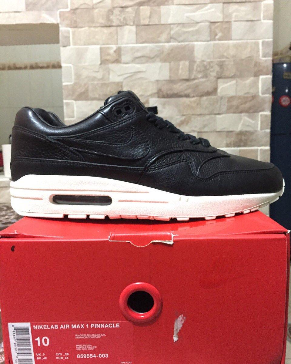 more photos 0b379 010fa france womens shoes nike air max white black and em 1a946 47772  reduced  boostwasabi on twitter sale nike air max pinnacle black sail. size 44. bnib