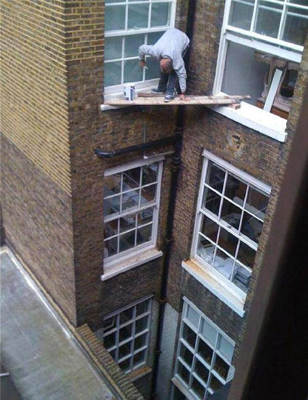 """""""Let us be thankful for the fools. But for them the rest of us could not succeed. """" -  Mark Twain #WednesdayWisdom #fail #SafetyFirst<br>http://pic.twitter.com/MmS0CgdQDT"""