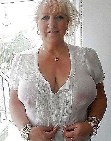 Old boobs com