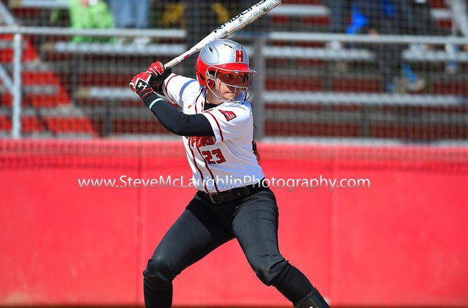 Happy birthday to senior outfielder Liz Newkirk! Have a great day!