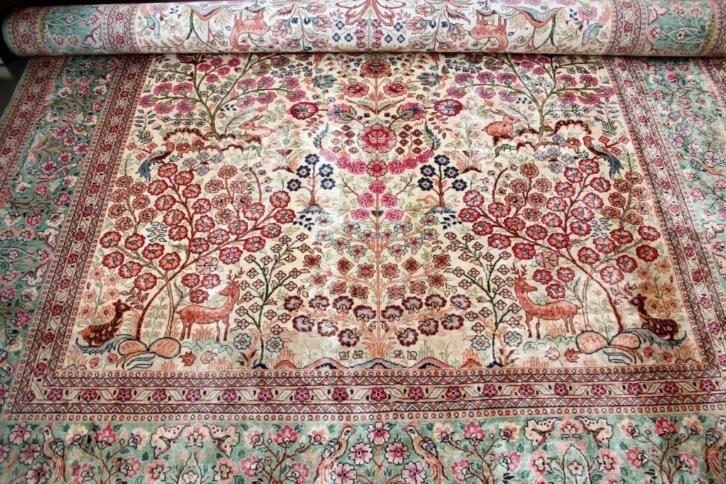 Perzisch Tapijt Marktplaats : Perzische tapijtjes op tafel u basichic
