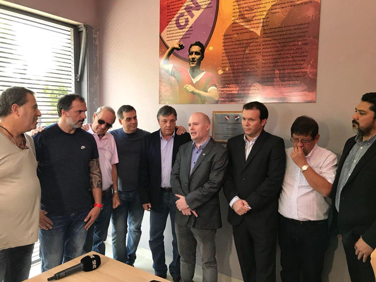 Homenajes en Paraguay