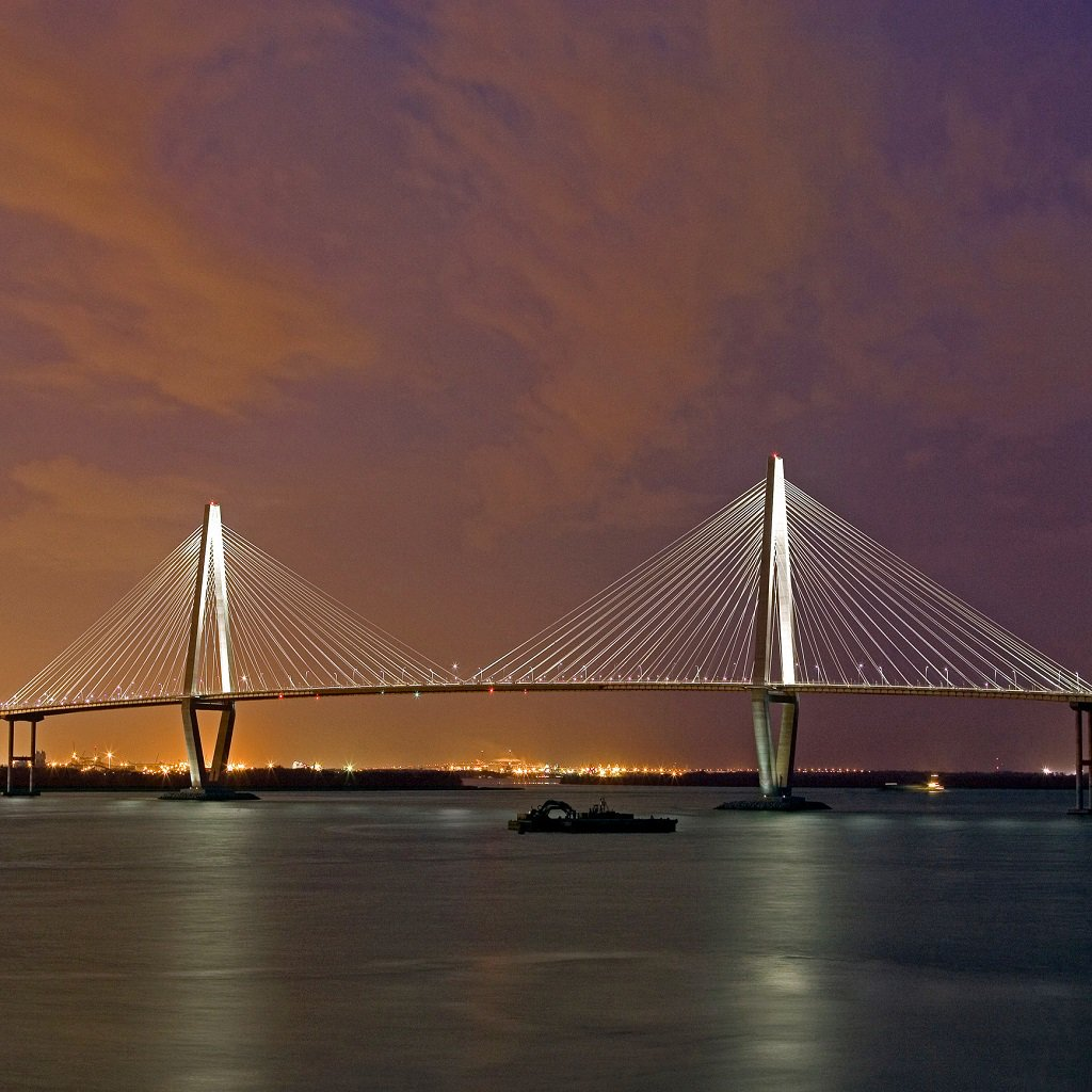 Charleston, S.C. Buildings, people and food. WOW - The architectural beauty, And a #Destination to watch! #Travel #Charleston <br>http://pic.twitter.com/135wRAJUFi