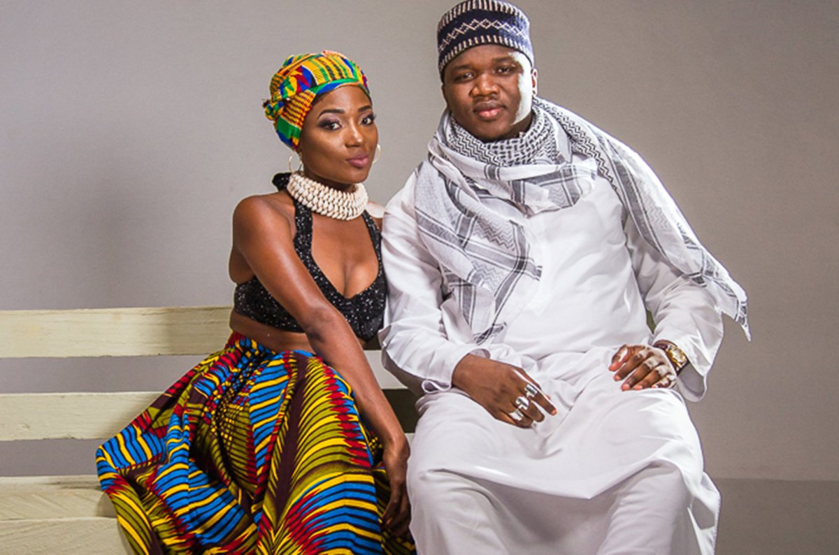We&#39;ve had our ears plugged #Tamalady by @HaywayaLive x @EFYA_Nokturnal  Hit Play-  http:// bit.ly/2zx9Sbs  &nbsp;   #Dobox #Musicbox24 #TrendingNow <br>http://pic.twitter.com/ZqZBIUPDak