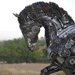Mercury, a scrap metal horse by turkish artist cem özkan https://t.co/bfmGWxsy57