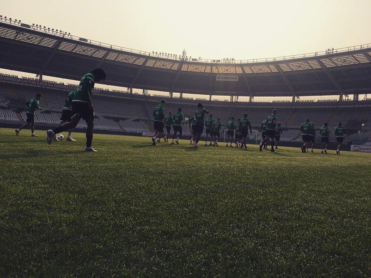 Buongiorno, Torino! 🇮🇹💚   Chegou o melhor dia da semana! Hoje é #DiaDeSporting! 🙌🏻   ⏰ 19h45 🆚 @juventusfc  🏆 @ChampionsLeague  📺 Sport TV5