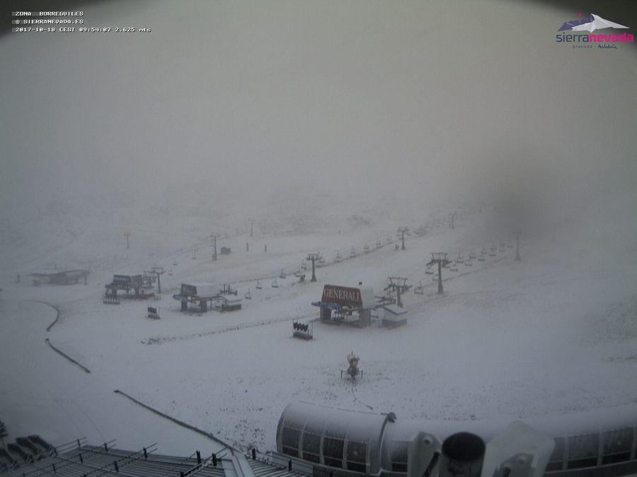 ¡¡Primer temporal del otoño 2017!! #AYporfinOtoño y #nieve en #SierraN...