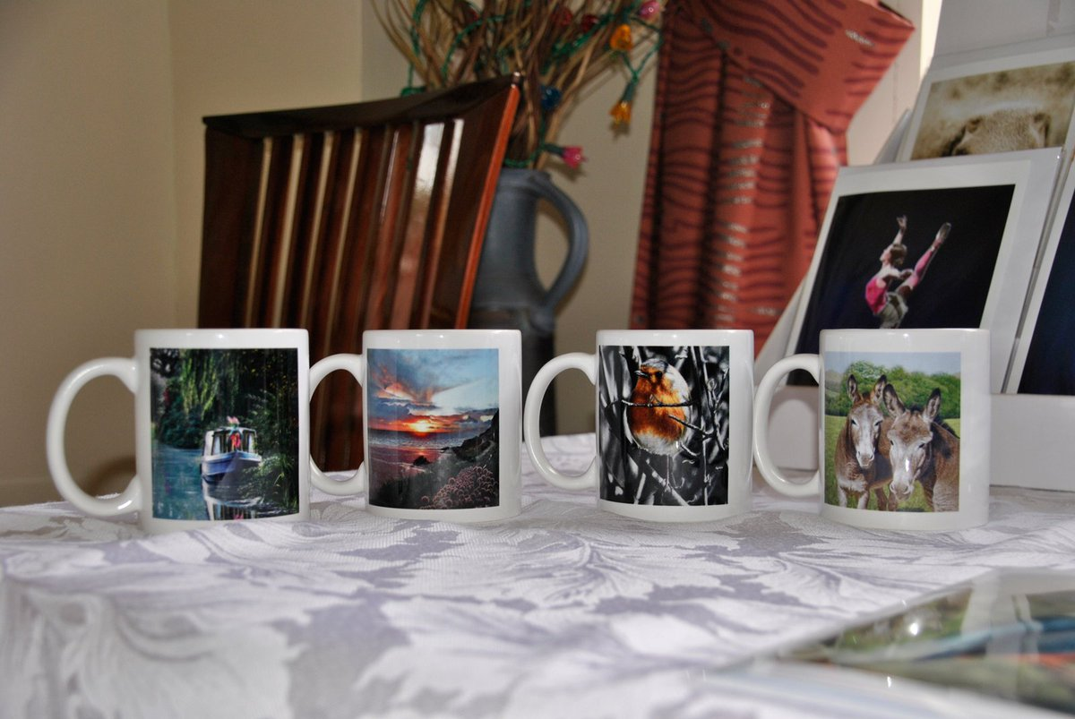 Unique #personalised #mugs available with my #pastelart #Marcheshour perfect for that special gift for someone special. Contact me for more details  http:// bit.ly/2yoRSzN  &nbsp;   Enjoy your afternoon! #IvanJonesPastelArtist #attentiontodetail <br>http://pic.twitter.com/7HAqWtfQ3Y