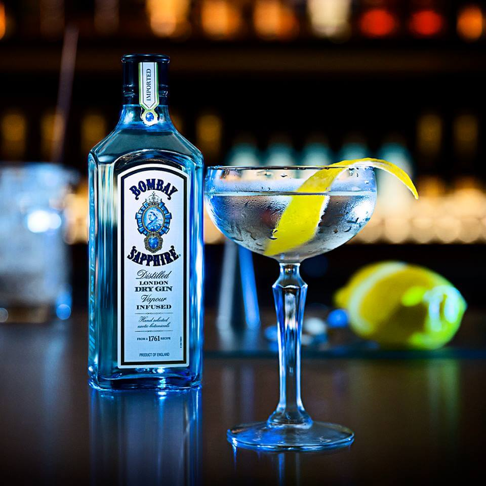 Here&#39;s a great mix, @BombaySapphireA with #Durban&#39;s sunny weather, makes for a #GinFilled weekend! #14OnChartwell #Umhlanga <br>http://pic.twitter.com/kRhliUBZBA