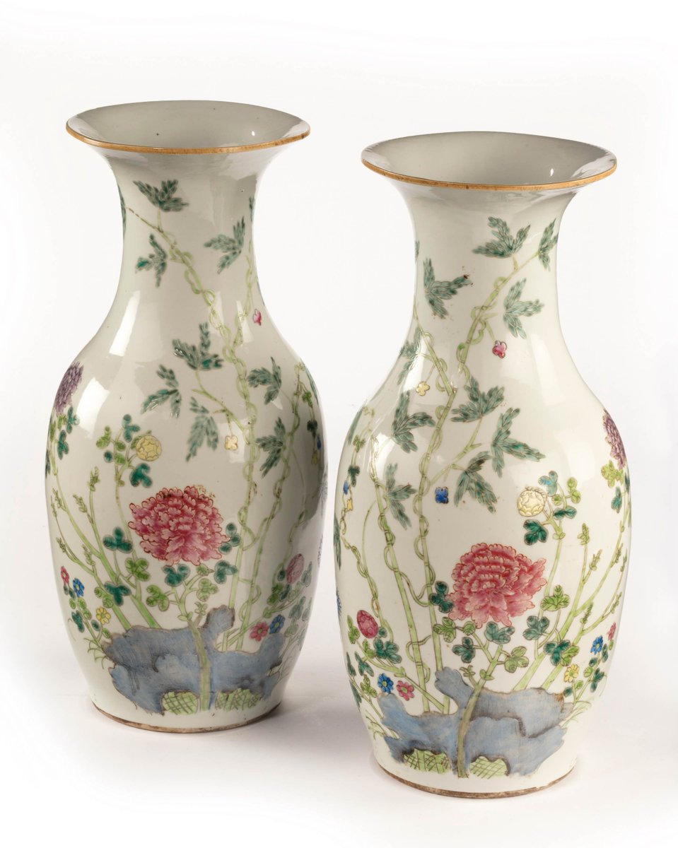 Pair of mid 19th century ovoid Chinese porcelain vases  http://www. windsorhouseantiques.co.uk/stock/d/pair-o f-mid-19th-century-ovoid-chinese-porcelain-vases/298004 &nbsp; …  #antiques #interiorismo #luxurylife #China #Homedecoration<br>http://pic.twitter.com/hmZ2cFckUP