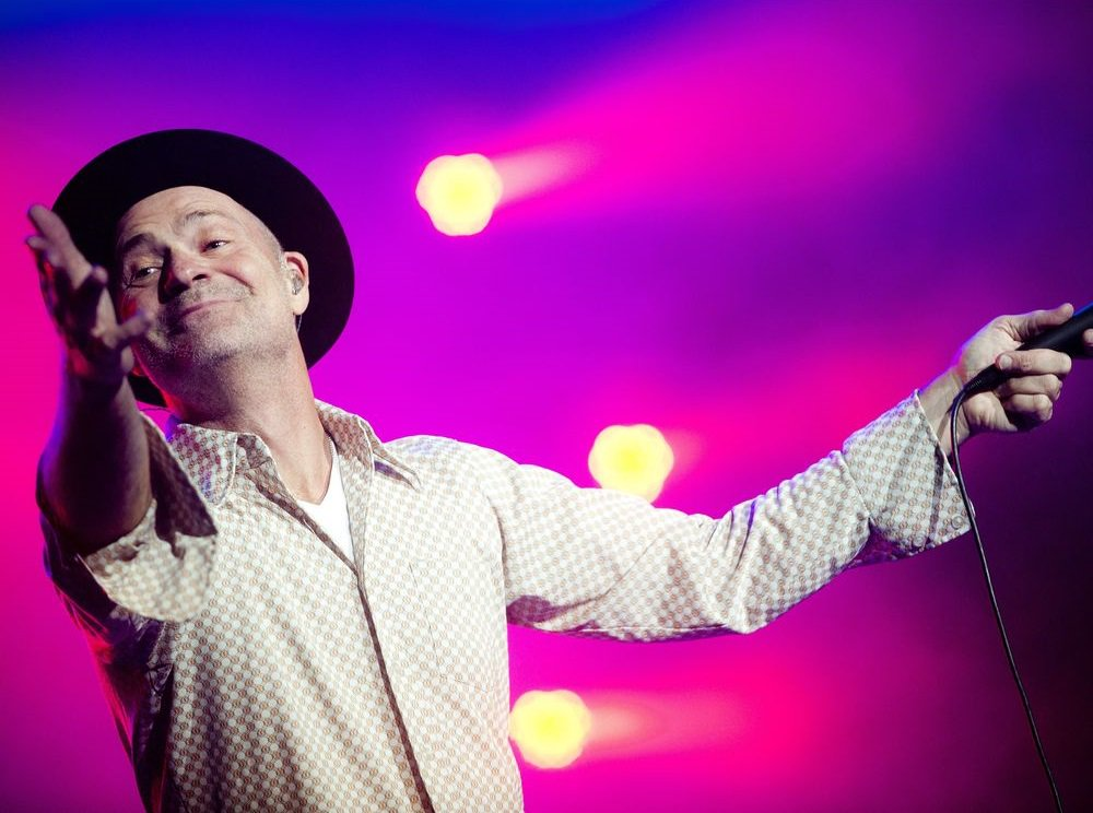 We lost a beautiful #Canadian today. #RIP #GordDownie. You taught us to be better humans. Thank-you for the memories. #TheHip #SecretPath<br>http://pic.twitter.com/3wtSeCDIOo