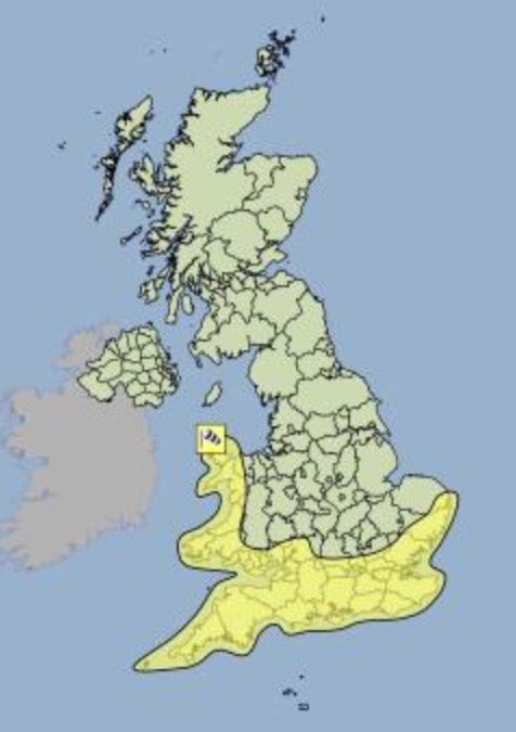 #Warning in force for Saturday. Very strong #winds and high tides could lead to coastal #flooding<br>http://pic.twitter.com/12t3FuwHZS