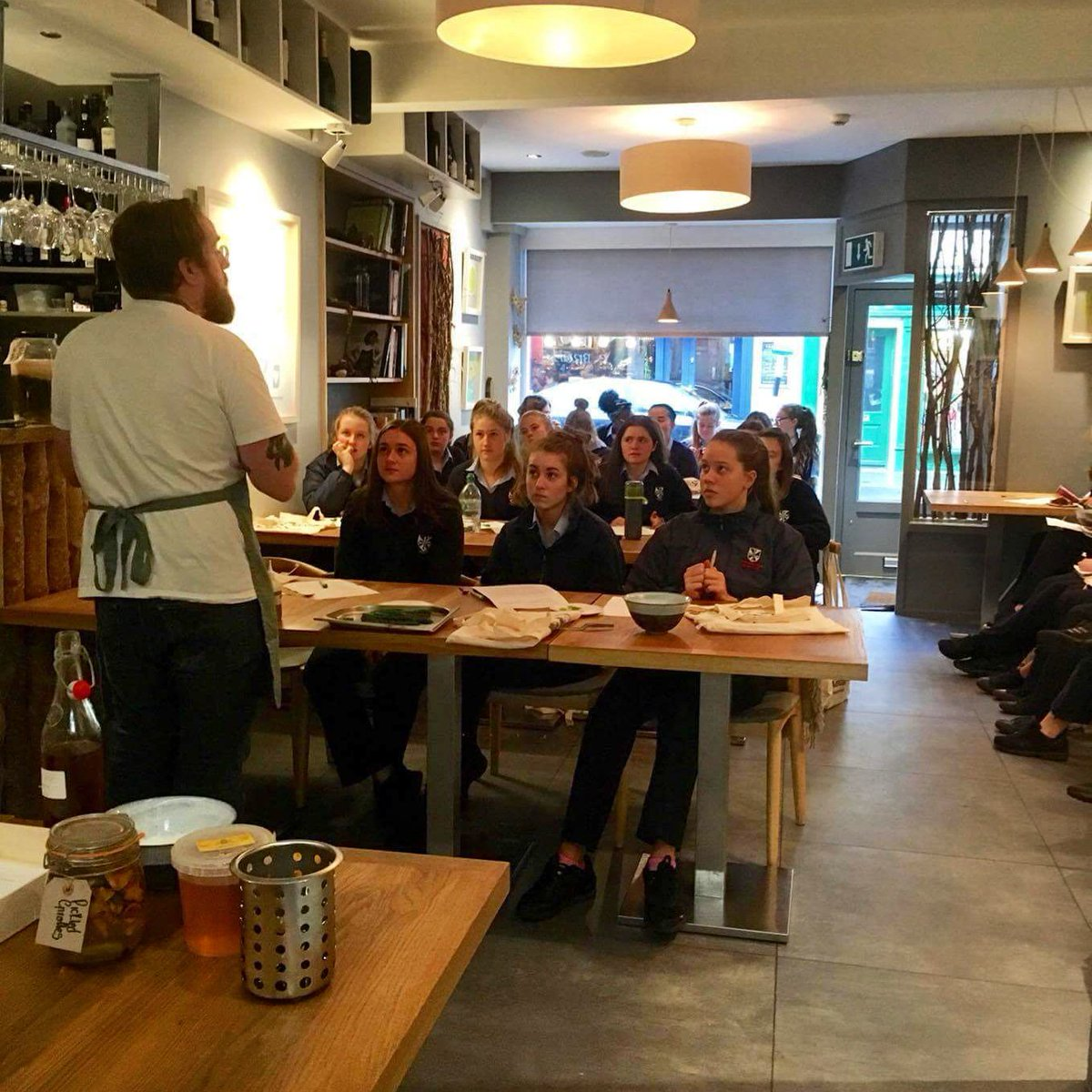 Teaching secondary School transition year students as part of @AniarGalway #schoolsproject <br>http://pic.twitter.com/sYA4RCxWDh