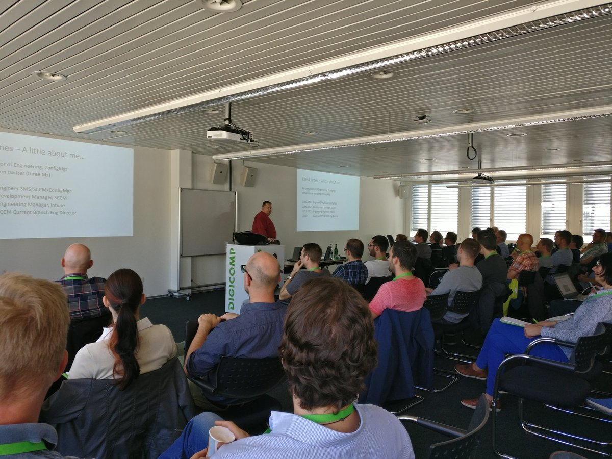 Full house at the session from @djammmer @DigicompCH ZH #SCCM #ConfigMgr #EMS #CMCE1710<br>http://pic.twitter.com/JQ5H7z0iYP