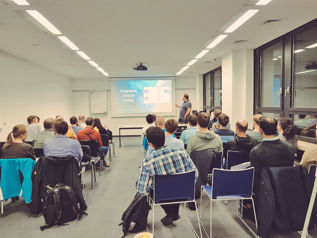 #ConsumerDrivenContract #Testing started @consol_de! Thx #payback to have you here  #agileTestingMeetup<br>http://pic.twitter.com/zvKuZsiBRA