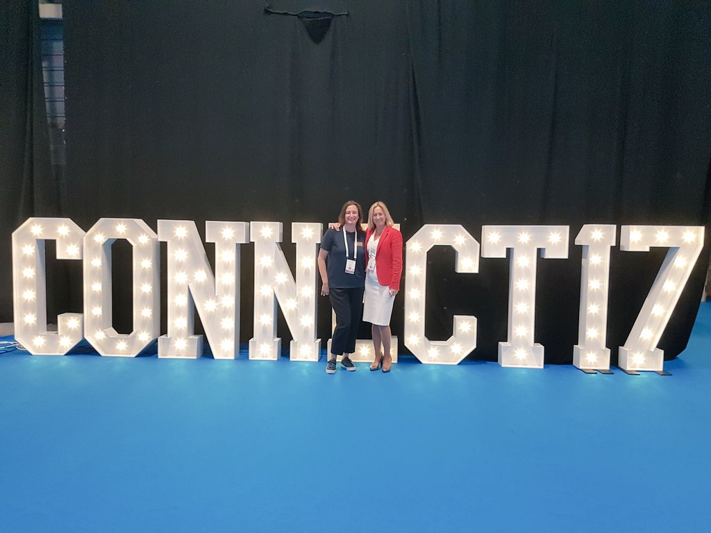 Thanks @Nickycpl &amp; all the @ConnectShowcase team for this year&#39;s #connect17 from #hollywoodledletters @TheRDS #Dublin #lightupletters  <br>http://pic.twitter.com/o1eT4CUUU1