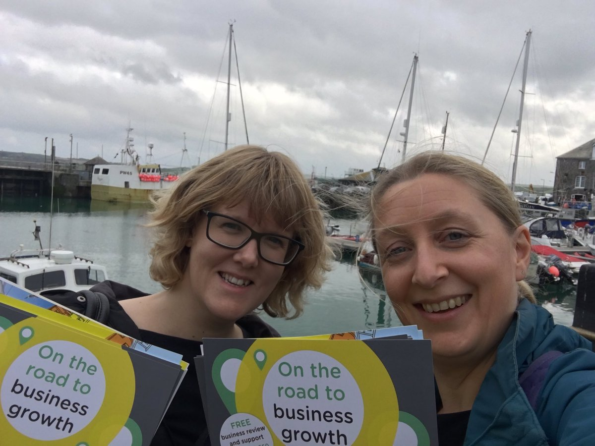 Padstow doesn&#39;t miss out on today&#39;s #TownTakeover Busy in the harbour with visitors, a film crew and these two dodgy characters. <br>http://pic.twitter.com/E7XNQ3Cuix