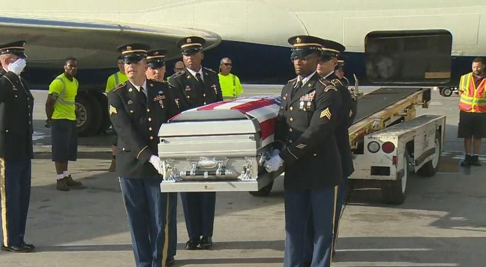 Trump told slain soldier's widow that he 'knew what he was getting into,' Congresswoman says https://t.co/y98n1WWnaX